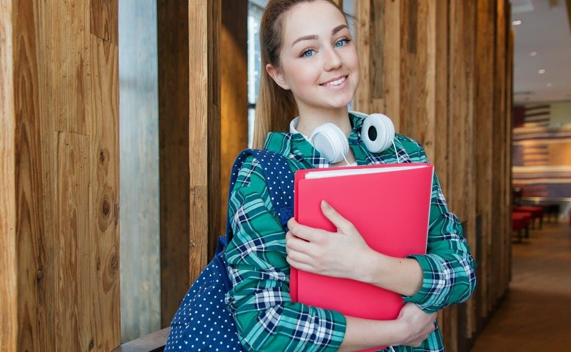 Why Choose Mortgage Refinance and Pay off Your Student Loans