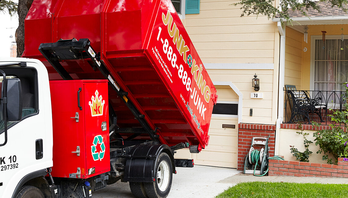 Hiring A Dumpster Service For Your Organization