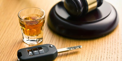 Top Things to Consider When Hiring a DUI Lawyer
