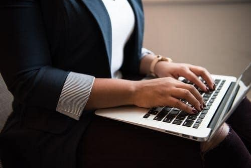 5 Tips for Writing a Business Management Resume