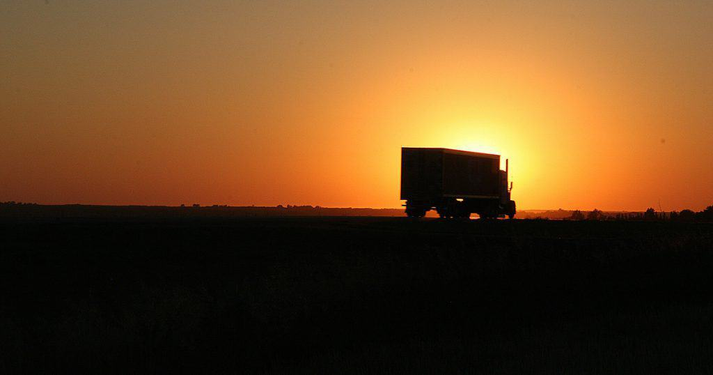 How can the owner-operator transfer form 2290 to a new vehicle?