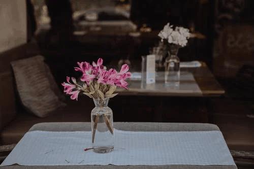 Elegant and Affordable Wedding Flower Ideas