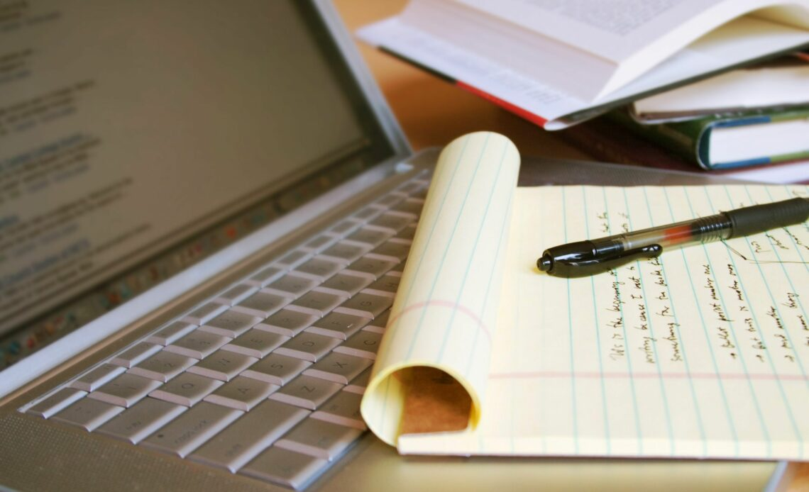 Top 7 Brilliant Tips to Write a Research Paper Quickly